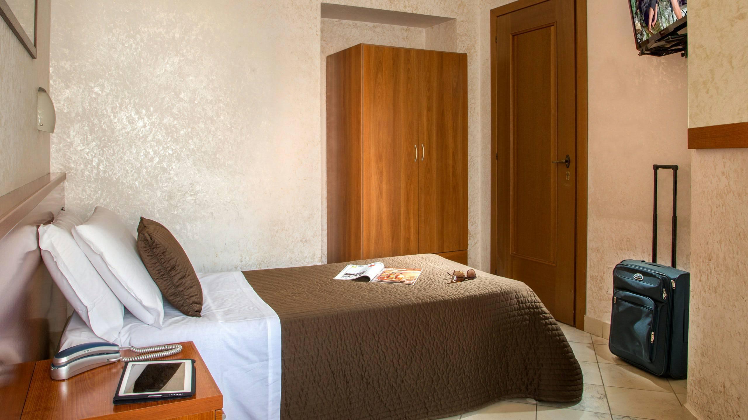 Hotel luciani roma sito ufficiale for Sito camera