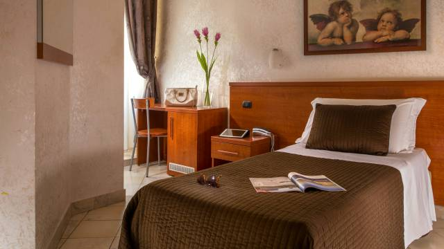 hotel-luciani-rome-rooms-01