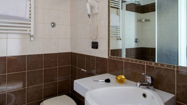 hotel-luciani-rome-rooms-03