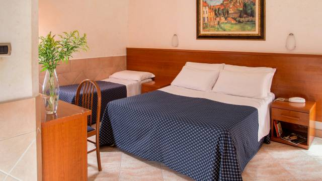 hotel-luciani-rome-rooms-11