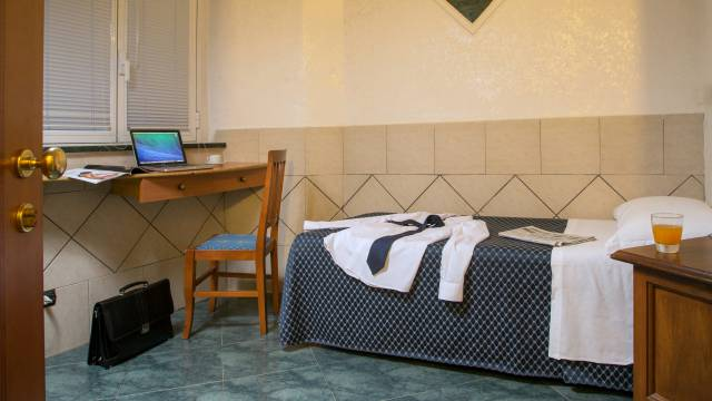 hotel-luciani-rome-rooms-16